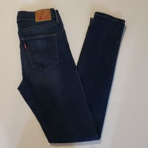 LEVI'S Slimming Skinny Medium Wash Jeans size 28